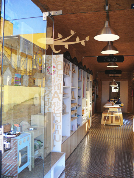 tienda y talleres de manualidades para niños