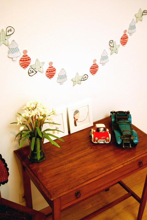 Manualidades para ni os guirnalda navide a decoideas net - Manualidades de navidad para hacer en casa ...