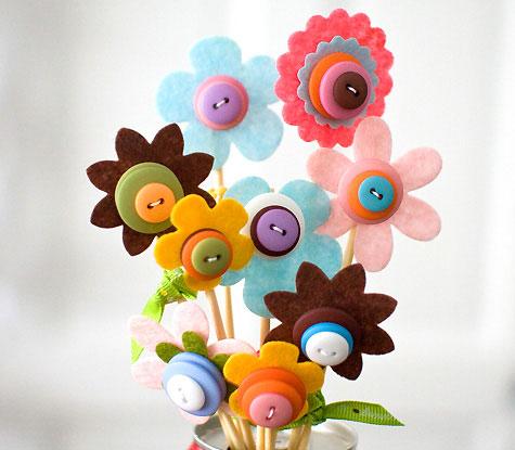 Ramo de flores de fieltro para el Día de la Madre
