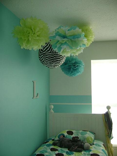 Como hacer un pompom de papel - Como hacer pompones para decorar fiestas ...