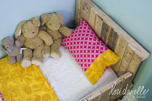 Una cama infantil fabricada con palets for Camas infantiles con palets