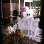 Manualidades Halloween: un fantasma de gasa
