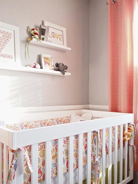 Habitaci n beb en gris y rosa for Habitacion bebe gris