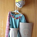 Disfraz de romano fabricado con materiales reciclados