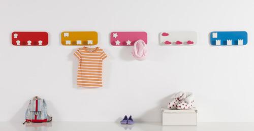 Imaginaierro muebles infantiles decoideas net - Percheros pared infantiles ...