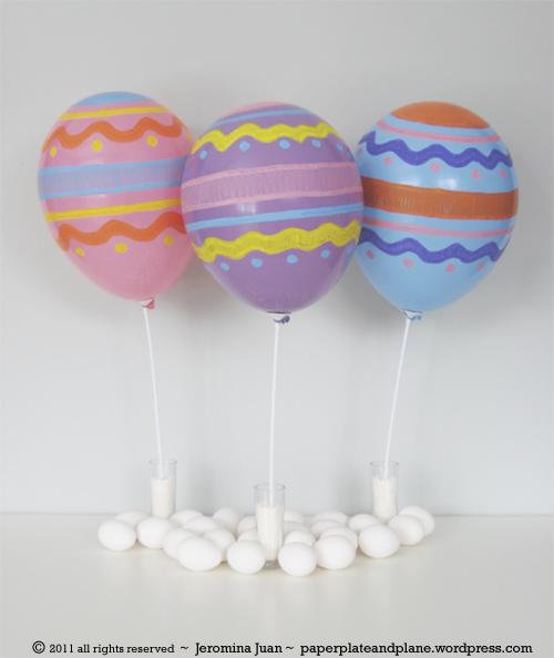 Globos decorados como huevos de Pascua