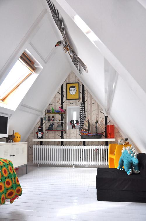 habitación infantil en buhardilla