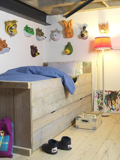 Decorar las paredes infantiles con m scaras - Pintar paredes infantiles ...