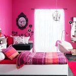 Habitaciones juveniles decoradas en rosa y negro
