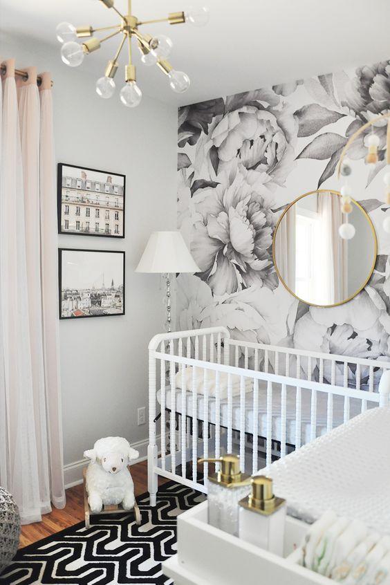 Habitación bebé gris y blanco