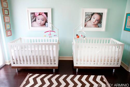 Ideas para decorar una habitaci n de bebes gemelos for Cuartos para ninas gemelas