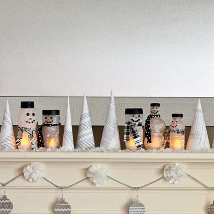 Muñecos de nieve con botes reciclados