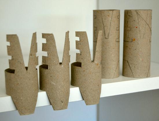 Renos navide os con rollos de papel for Manualidades renos navidenos