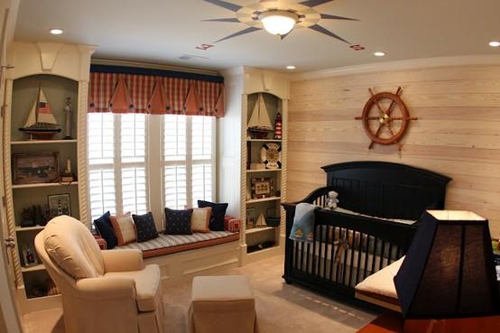 ,con unadecoración clásica y muy elegante de la que destacamos la pared de madera.