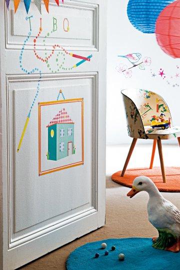 decoraci n puertas para ni os. Black Bedroom Furniture Sets. Home Design Ideas
