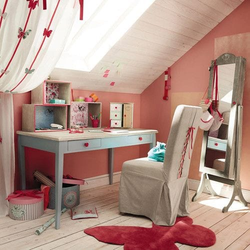 Zona de estudio romántica para niñas y adolescentes