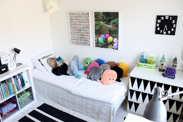 Tencencia habitaciones juveniles en blanco y negro for Habitaciones juveniles en blanco