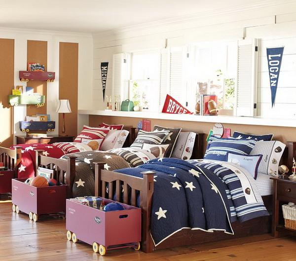 Habitaciones infantiles para tres niños con camas individuales