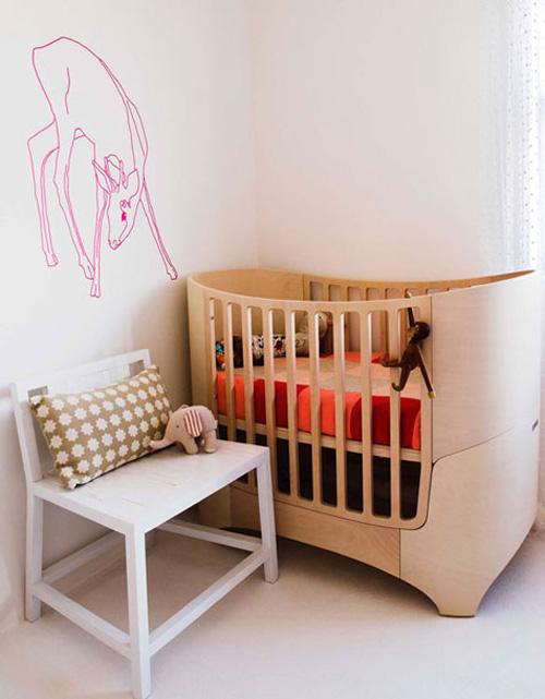 Cuna Leander en la habitación del bebé