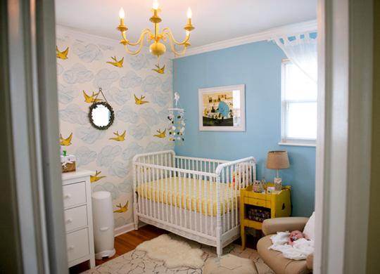 Habitaci n de beb en azul y amarillo for Color del dormitorio de los padres