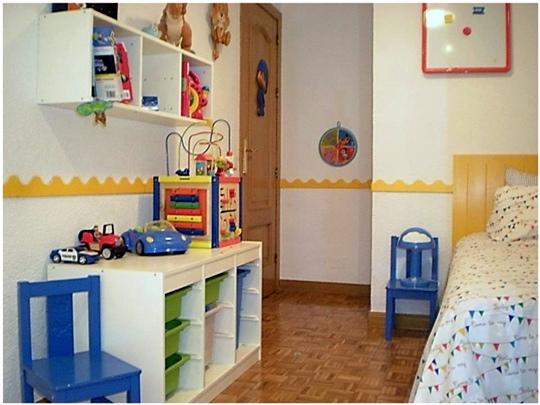 Habitaci n infantil en blanco y amarillo - Cuarto infantil nino ...