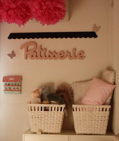 Habitaci n para ni a en blanco y rosa - Habitacion nina rosa y blanca ...