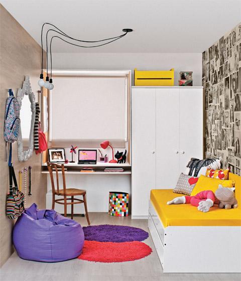 Dormitorio pequeño lleno de detalles