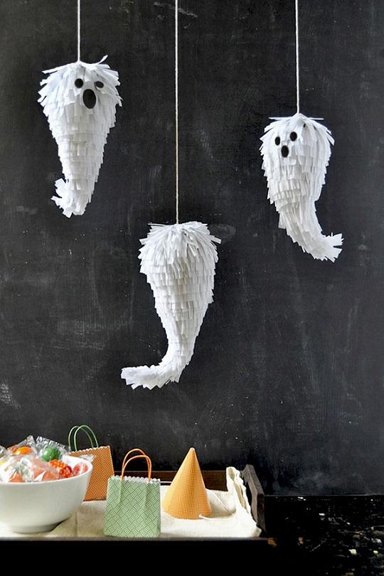 Piñatas con diseño de fantasma