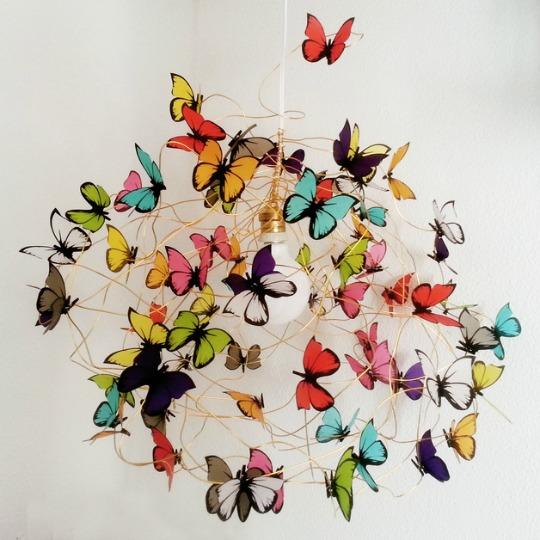 L mparas colgantes de mariposas - Lamparas para habitaciones infantiles ...