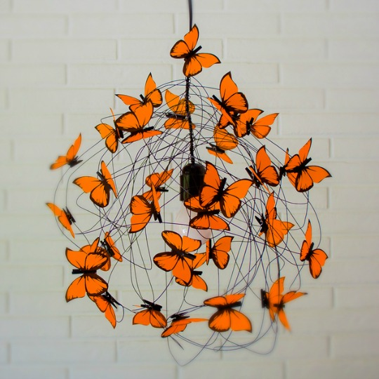 lampara-mariposas-naranja