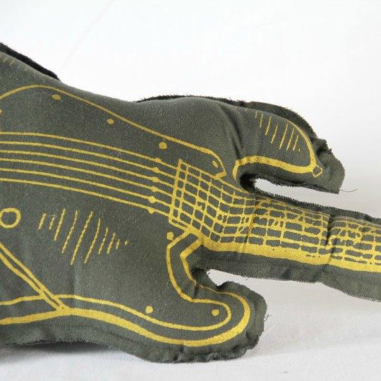 cojin-guitarra-2