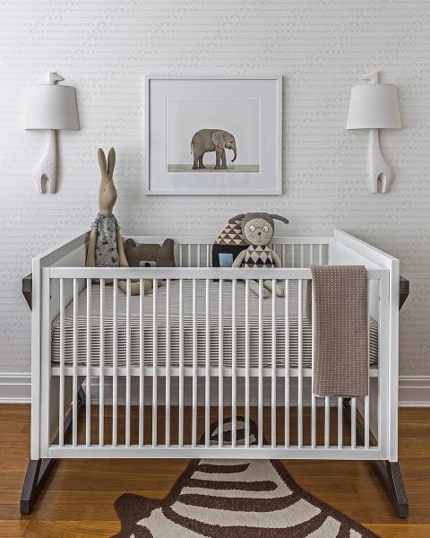 Moderna y elegante habitaci n de beb for Habitacion bebe moderna