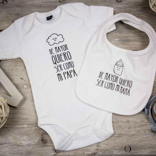 Idea para regalar a un bebé: pack simpático de babero y body