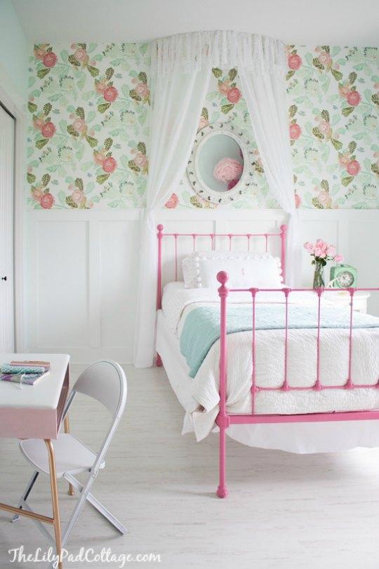 Romántico y luminoso dormitorio