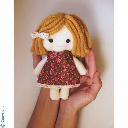 Muñecas de tela hechas a mano