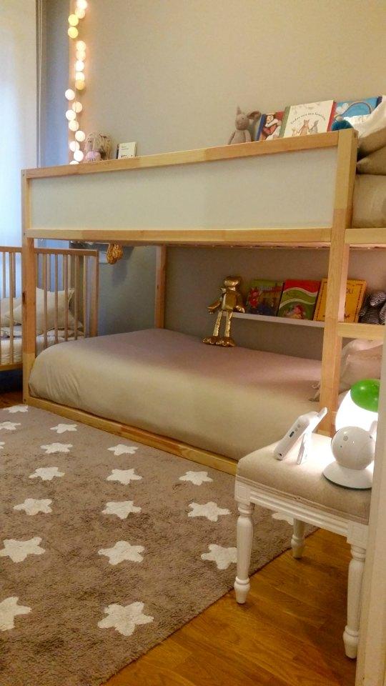 Habitaci n compartida de 8 metros cuadrados decoideas net for Ideas para decorar habitacion compartida nino nina