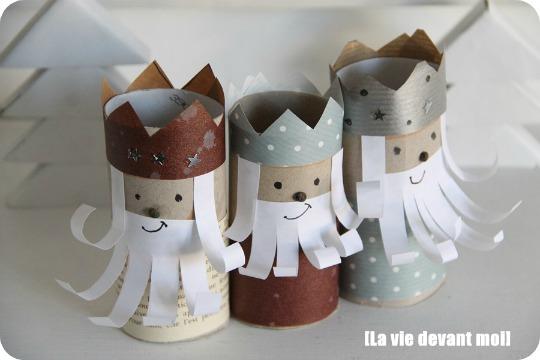 Reyes Magos con rollos de cartón