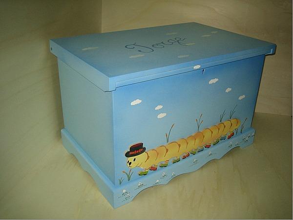 Baules personalizados para los juguetes decoideas net - Cajon para guardar juguetes ...