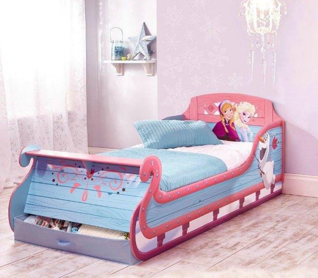 cama-frozen