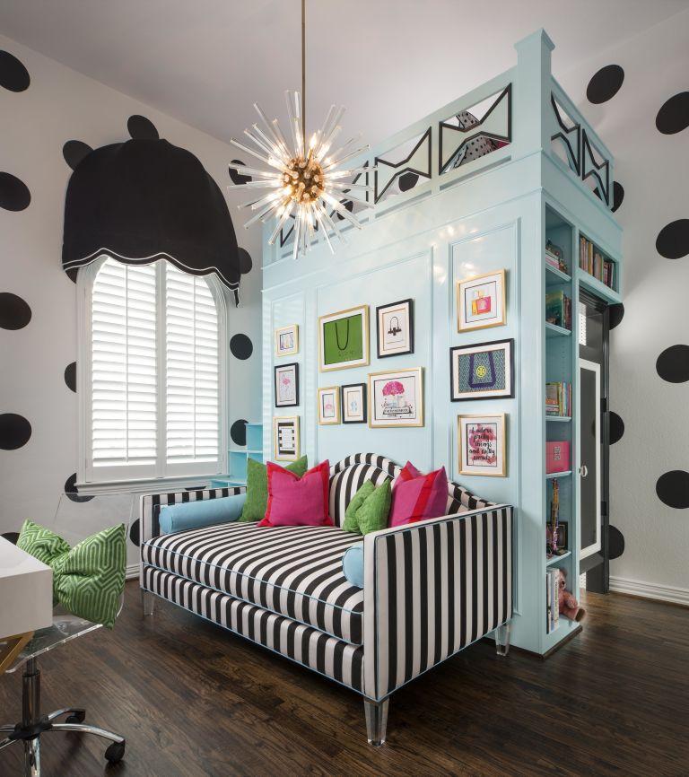 Distribuci n habitaci n juvenil con cama alta for Ideas para decorar cuarto de jovenes