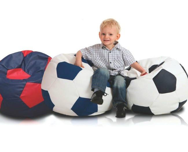 Originales Puffs con diseño de balón