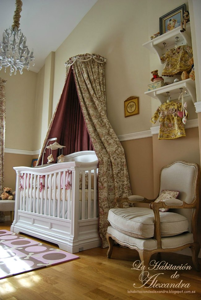 El dormitorio elegante de Alexandra