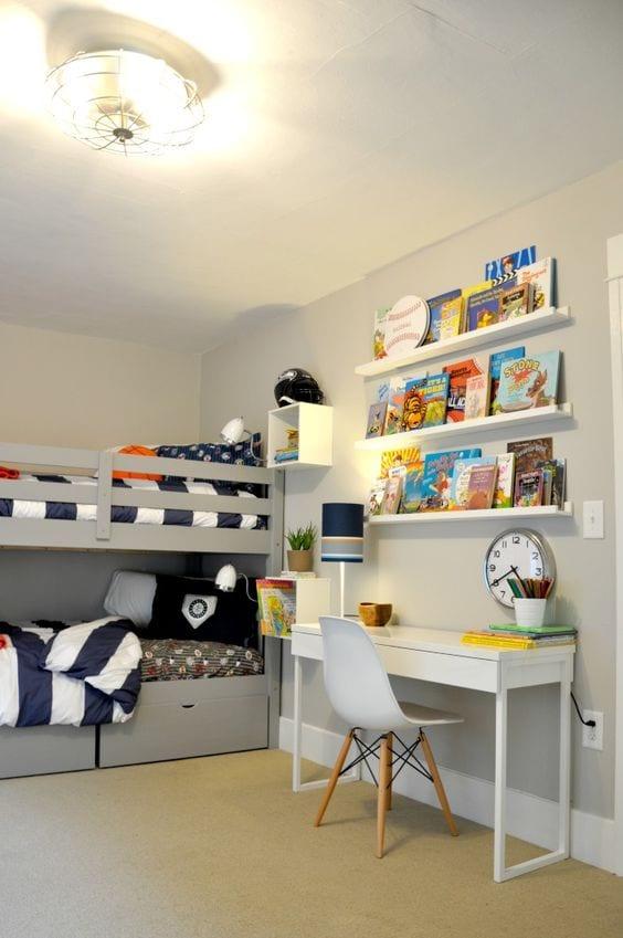 Habitaciones infantiles con escritorio Micke de Ikea