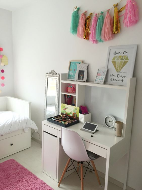 Bedroom ideas for college girl