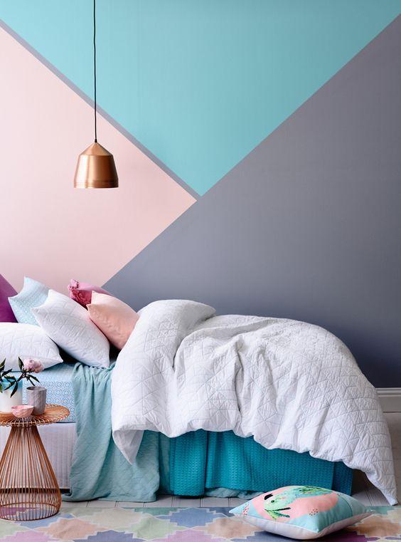 10 habitaciones juveniles con paredes geometricas for Paredes juveniles pintadas