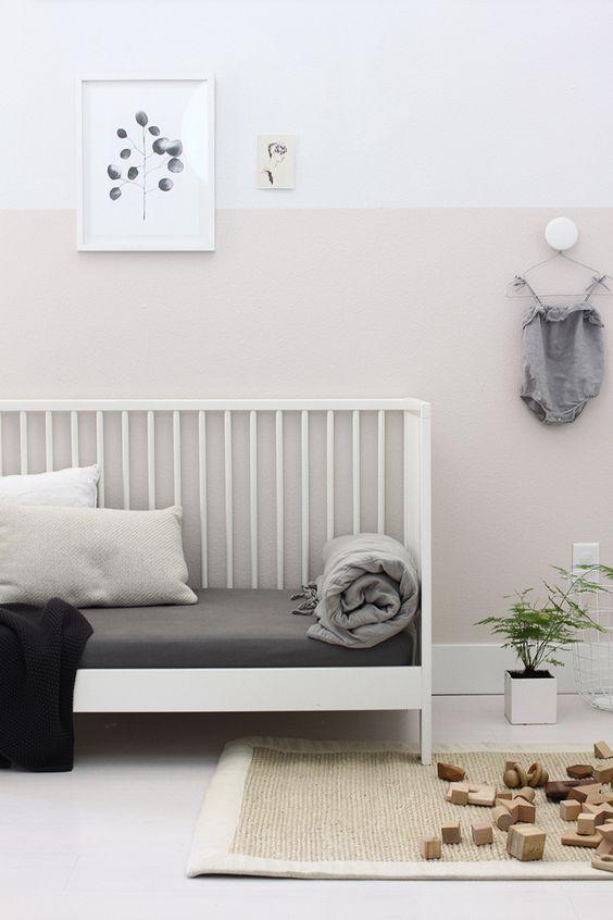 Ideas para pintar la habitaci n del beb en dos colores - Pintar paredes de dos colores ...