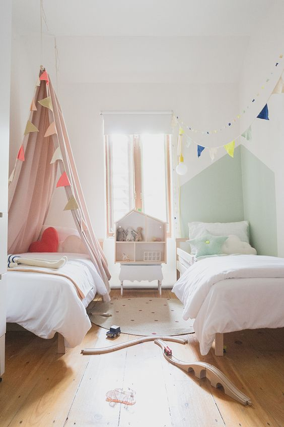 Habitaciones mixtas niño y niña fotos