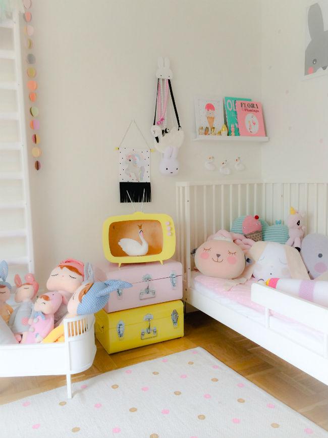 Up! Warsaw y sus famosas estanterías infantiles de formas divertidas