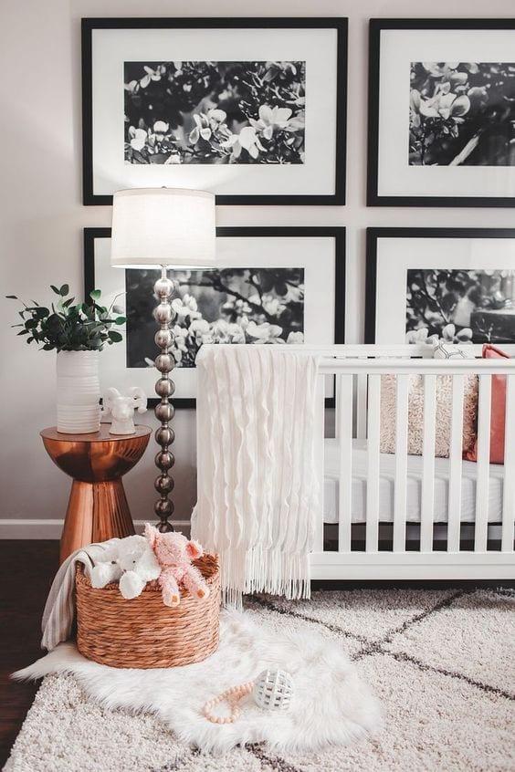 Mesa auxiliar dormitorio bebé