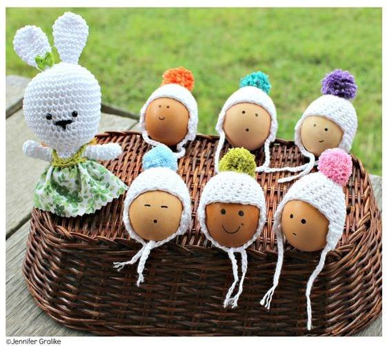Cómo decorar un bebé huevo
